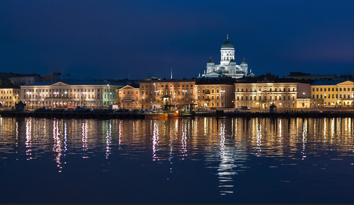 helsinki-by-night